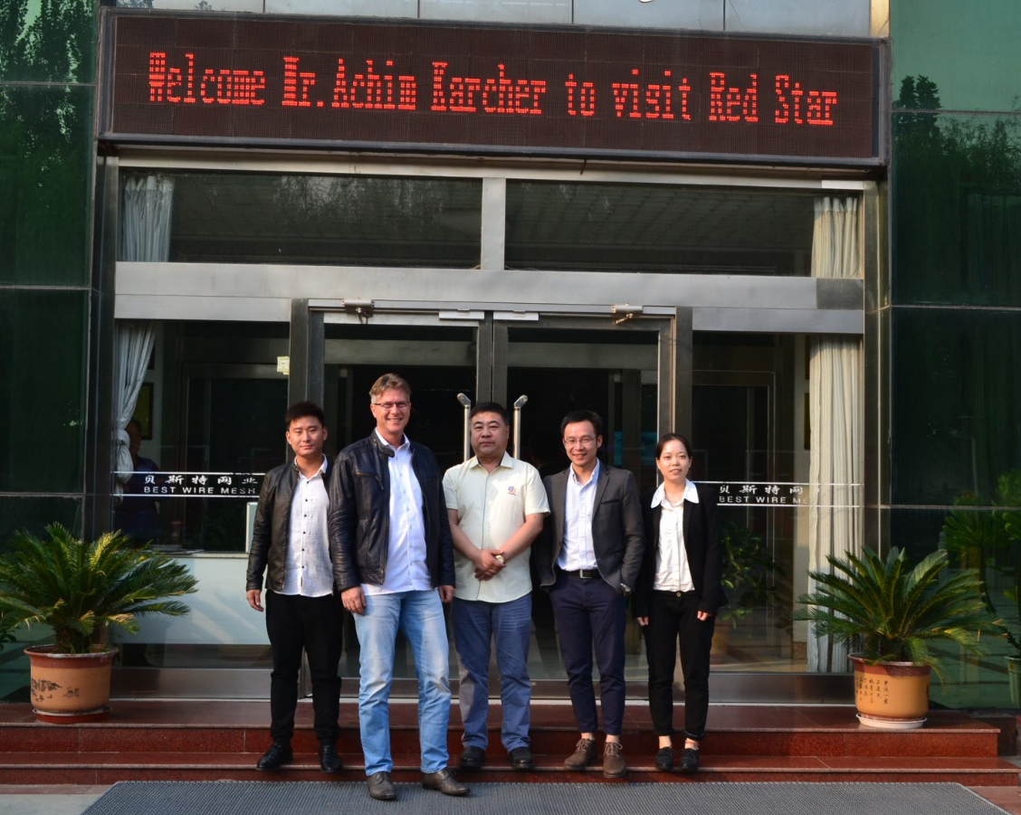 Warmly welcome Mr. Achim Karcher to visit our factory.